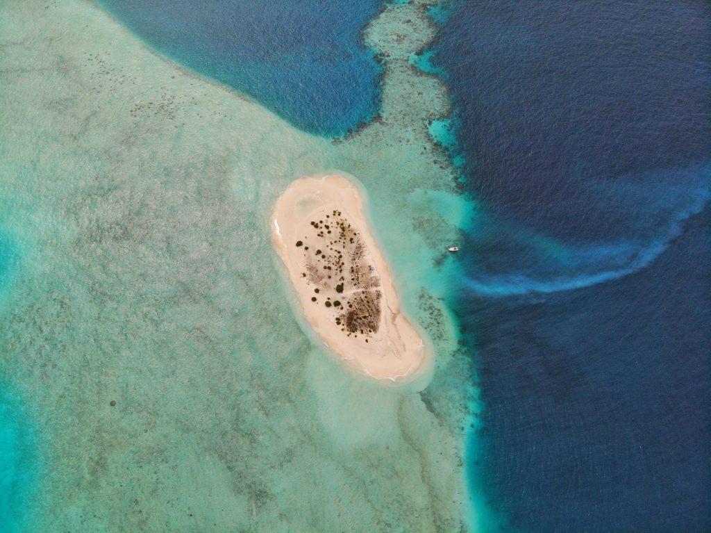 isola di sabbia alle maldive