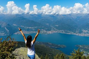 Salita sul Monte Legnoncino e Rifugio Roccoli Lorla