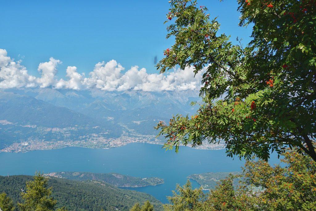 Vista dalla cima del Monte Legnoncino