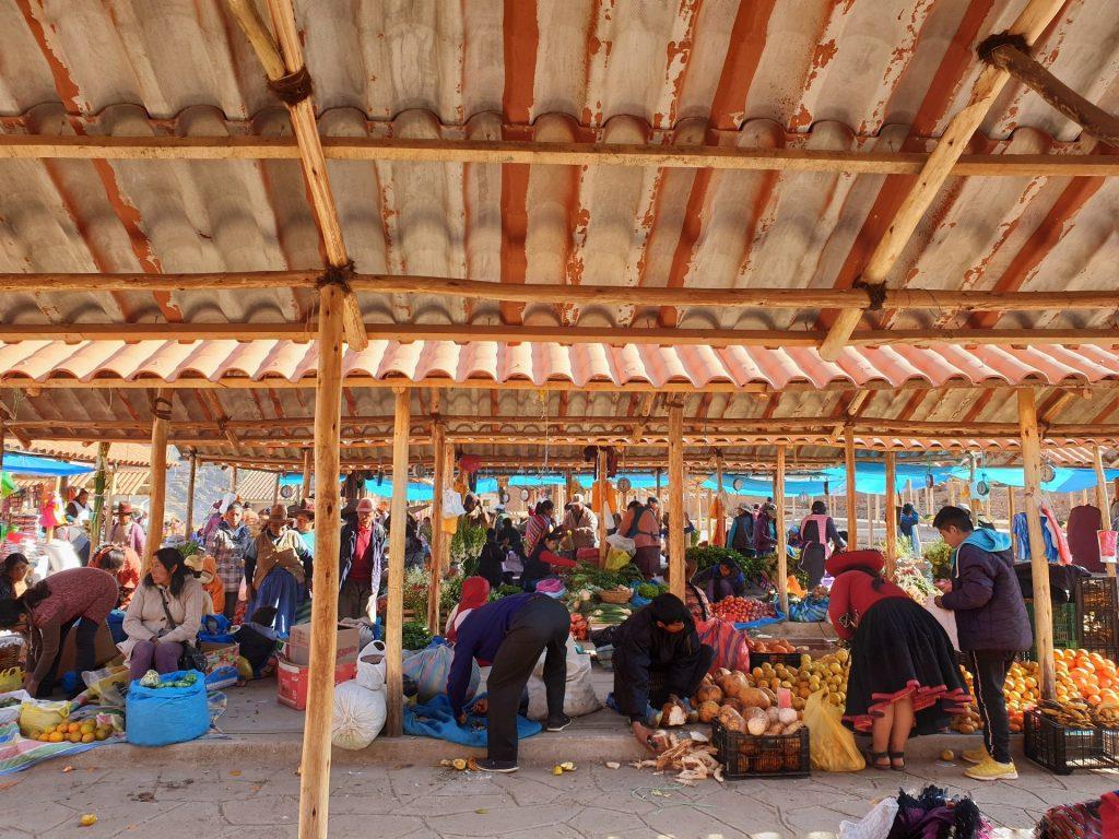 mercato di chinchero cusco