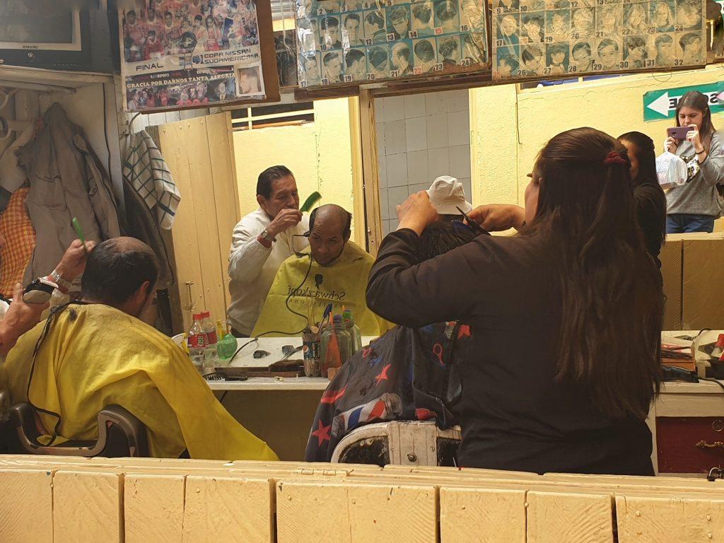 parrucchiere al mercato di casccaparo