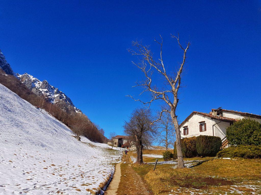 Sentiero due stagioni Rifugio Riva