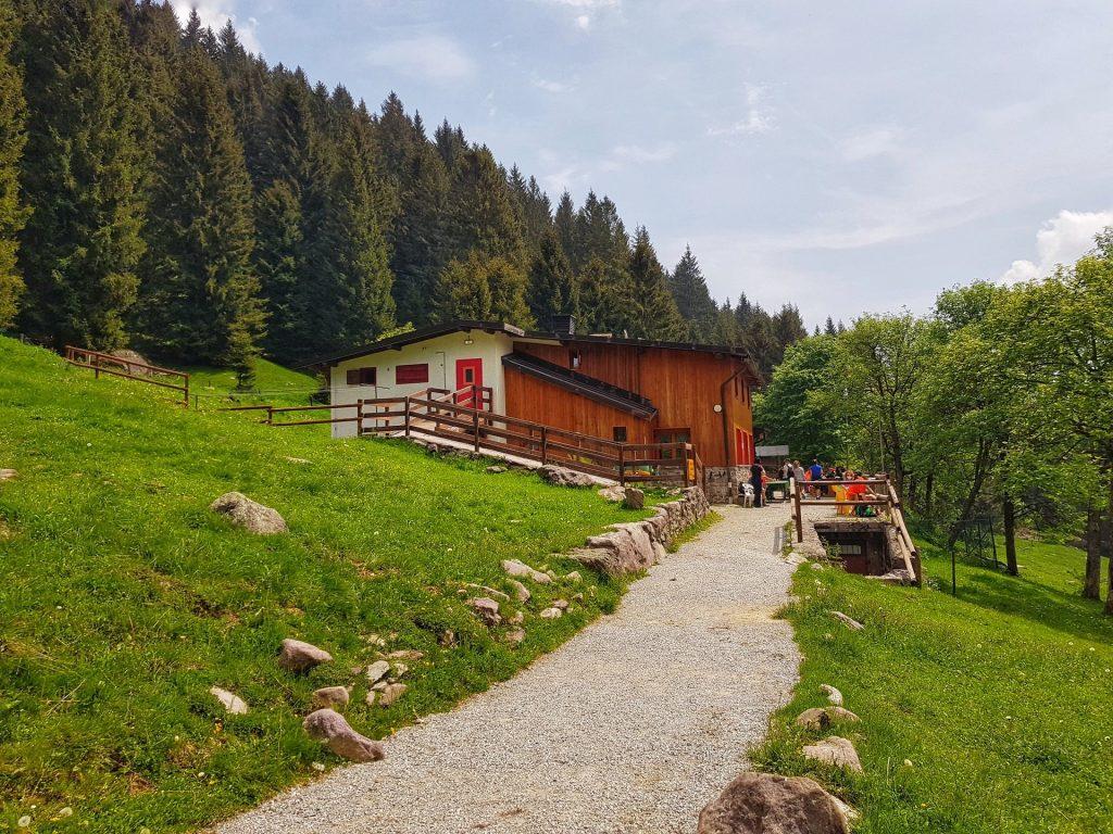 Rifugio Alpe Corte Valcanale
